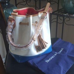 Dooney&Bourke bucket bag